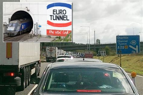 Eurotunnel traffic: Travel chaos as holidaymakers face