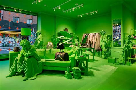 LOUIS VUITTON OPENS A TOTALLY GREEN POP-UP SHOP IN NEW