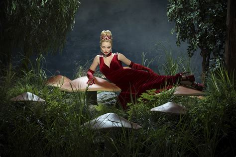 Cast Photos For Once Upon A Time In Wonderland | SciFi Stream