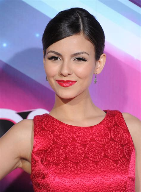 VICTORIA JUSTICE at 2012 Nickelodeon's TeenNick HALO